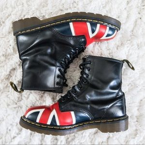 Good condition! Dr.Marten's 1960 Union Jack